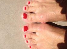 sucer les orteuils de femmes - 1