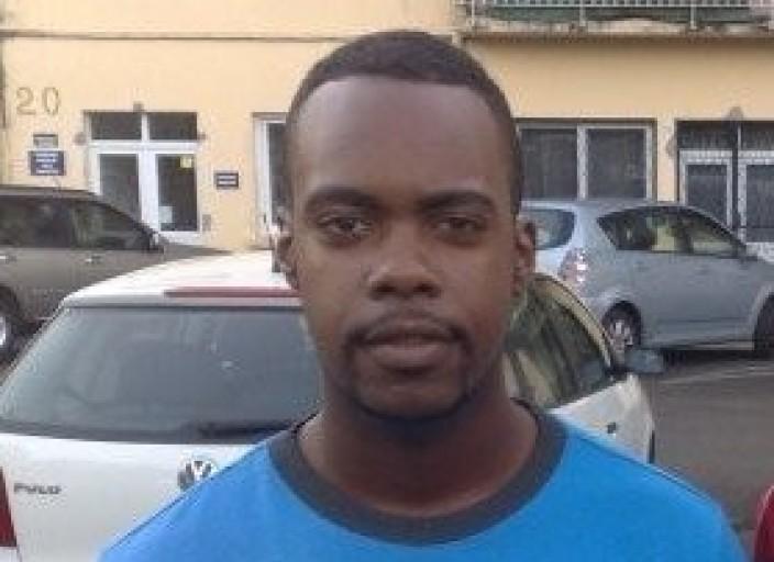 Jeune Homme 26 ans cherche rencontre avec femmes