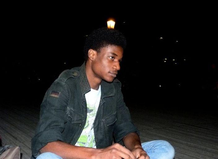 Homme (20 ans) cherche rencontres sympas avec femm.