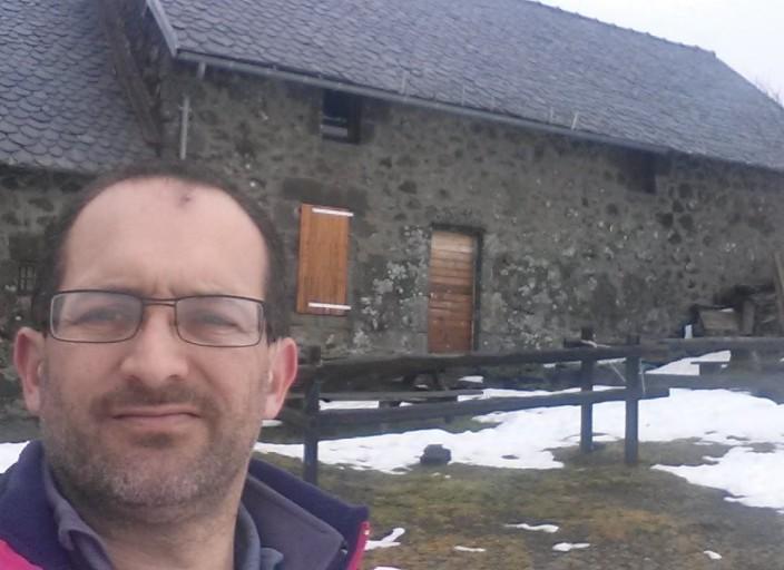 Bonjour, moi , donc, gael 40 ans , au nord de.