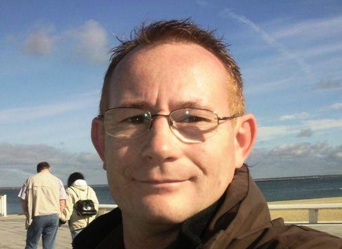 Homme 40 ans, cherche femme mure en Gironde