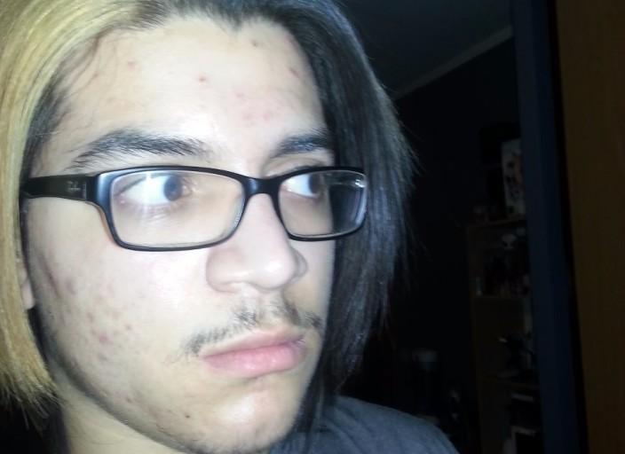 je veux juste discuter sur skype avec des filles ou.