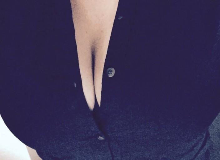 Femme qui adore le sexe et aime tester de nouvelle.