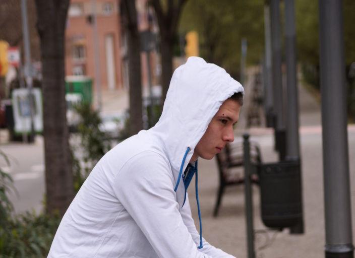 Jeune homme recherche des experiences coquines ave.