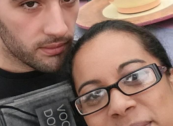 jeune couple cherche femme