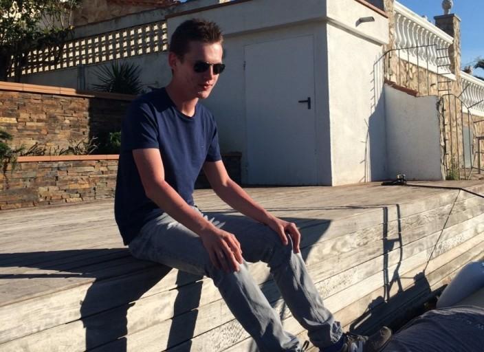 Homme 18 ans cherche relation discrete et détendue