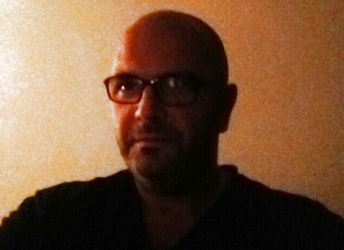 Homme 42 ans bcbg