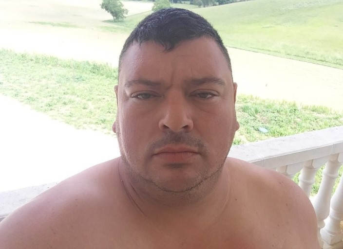Homme celibataire 45 ans