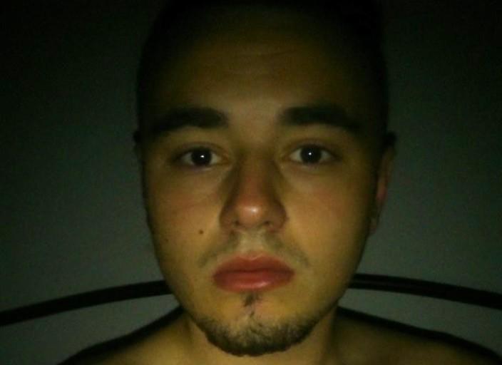 jeune homme de 19 ans cherche femme de 18 à 39 ans