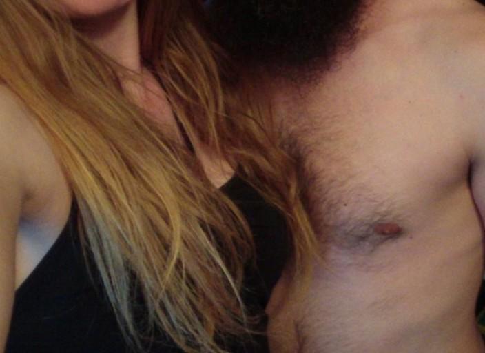 Jeune couple recherchent une jeune femme bi