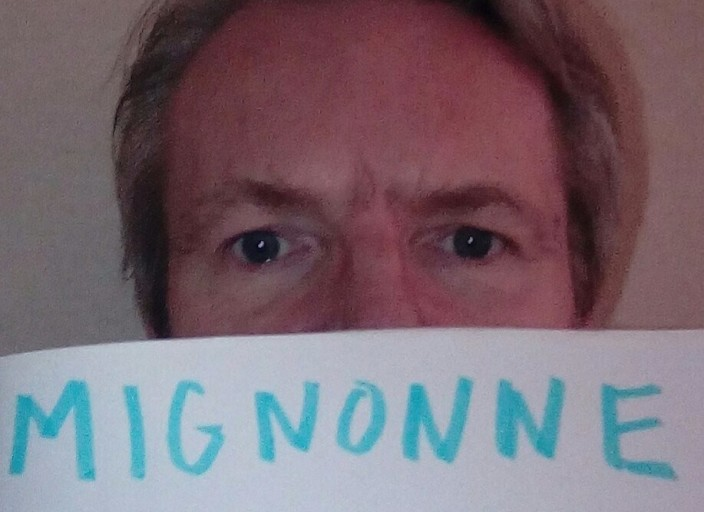 Homme 52 ans marié , 1m80 mince yeux bleus , prop.