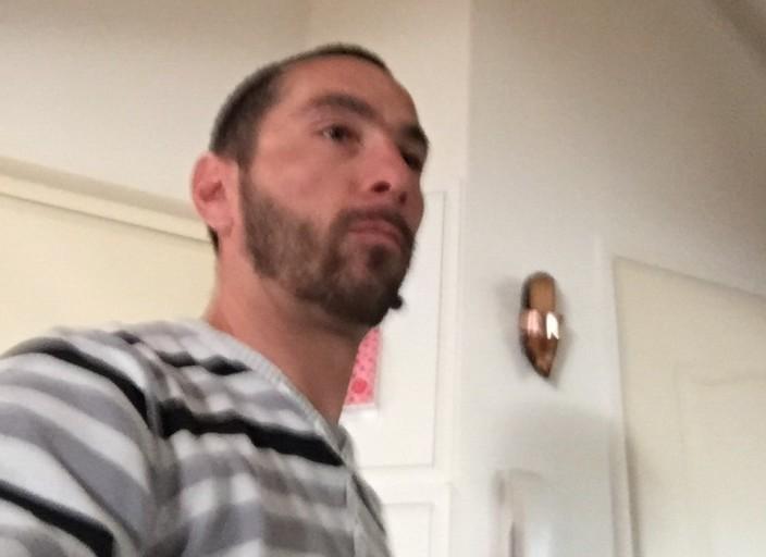 Homme sympa à la recherche d'un plan cul