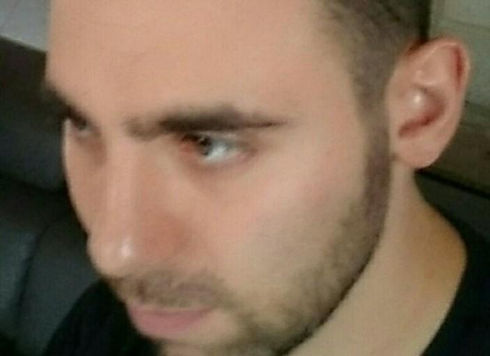 Jeune homme cherche femme pour moment coquin