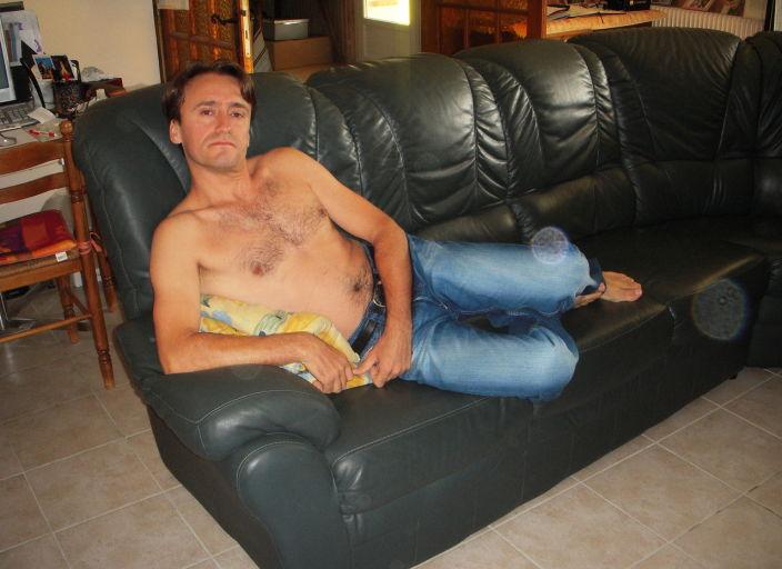 Homme célibataire,cherche a partagé soirée coqu.