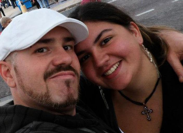 Couple cherche femme bi pour soirée câlin