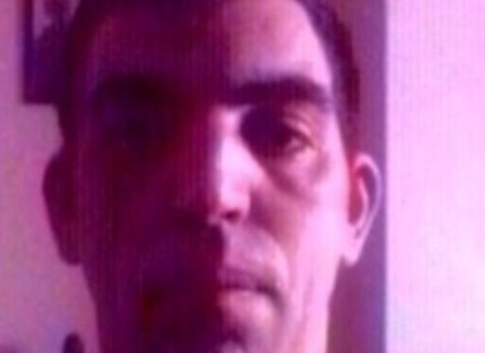 Je m'appelle Ludovic j'ai 42 ans 1.62 70kg brun.