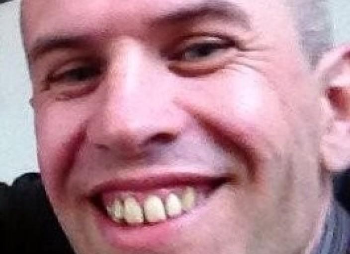 homme suisse brun recherche partenaire