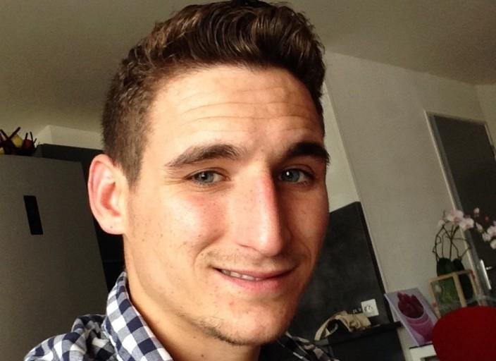 Jeune homme sportif 25ans cherche femmes mâture o.