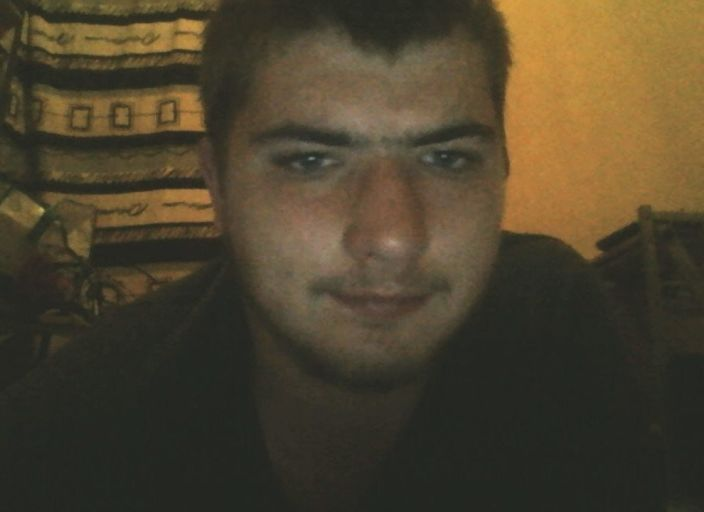 jh 18 ans cherche jf pour plan sympa