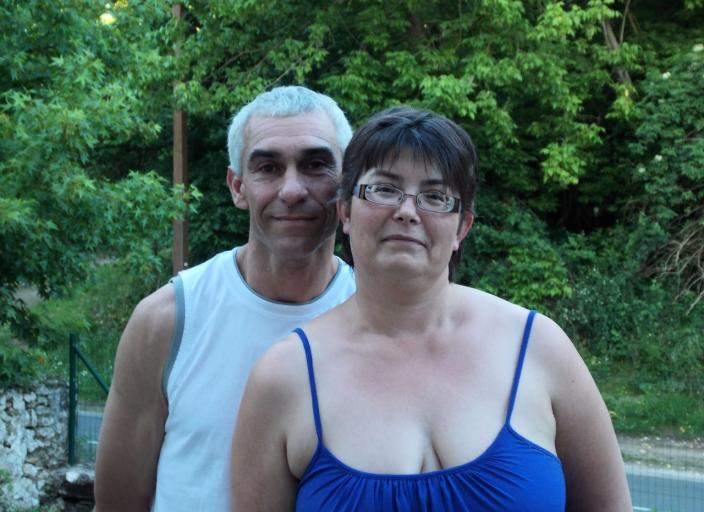 Couple cherche couple, femme voir homme