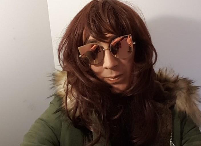 Jeune trans cherche amis pour complicité