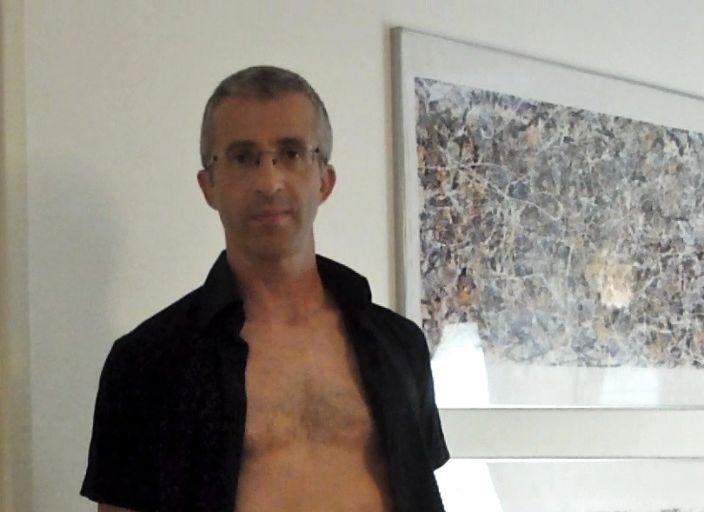 Homme 40 ans cherche rencontre sensuelle et plaisi.