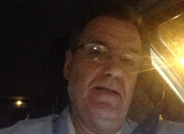 Bel homme 50 ans cher omet forts et intense avec t.