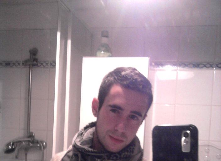 Homme 24 ans dans la Manche