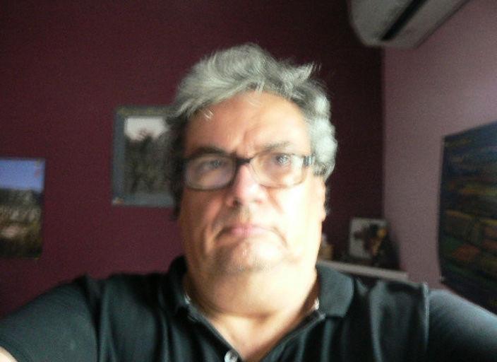 homme 55 ans adore les travesti