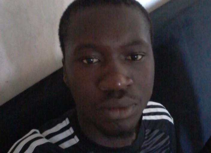 je suis jeune homme Noir Africain