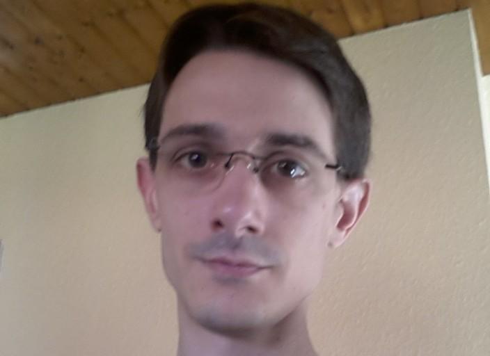 Bonjour, je recherche une sexfriend régulière ou non.