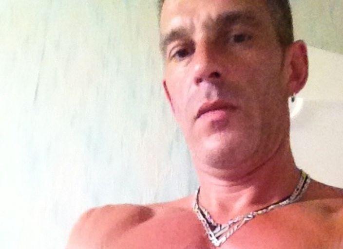Homme 36 ans cherche contacts et plus si affinités