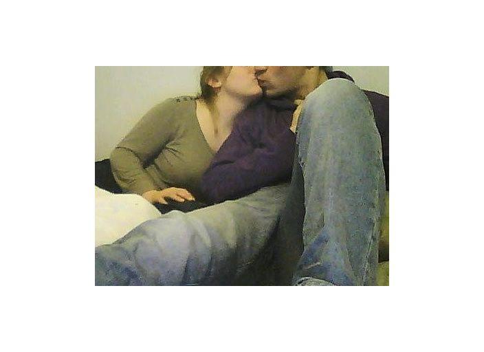 Couple recherche femme bi ou lesbi