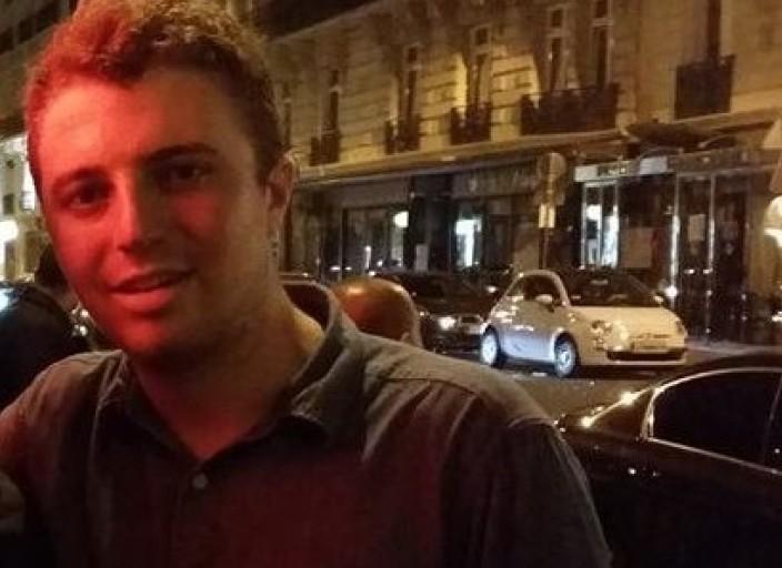 Jeune Etudiant recherche rencontres sur Paris