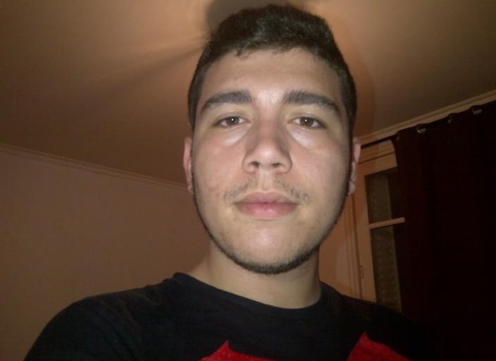 Jeune homme 18 ans pour rencontre avec femme