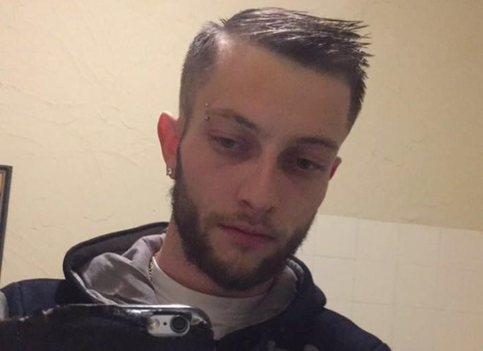 Yoann 24 ans célibataire recherche une femme sér.