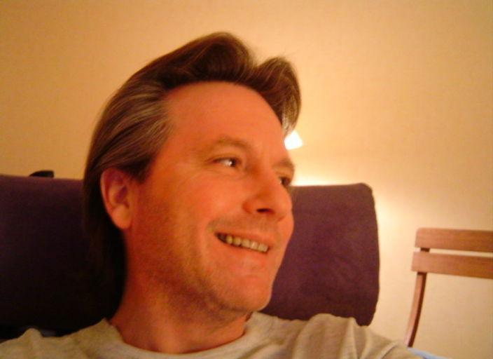 salut et cool de rendre visite a mon profil, en.