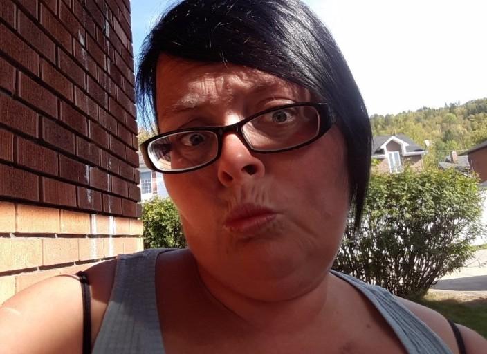 Femme 34 ans bisexuelle cherche femmes entre 34 et.