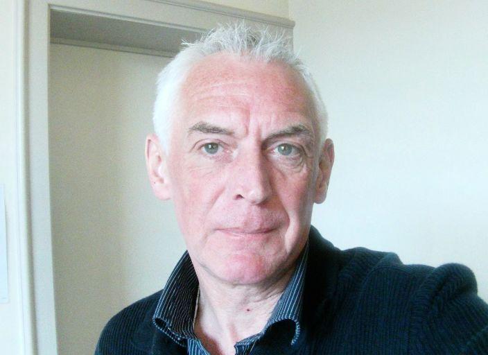 homme  54 ans recherche relation avec femme  ou co.