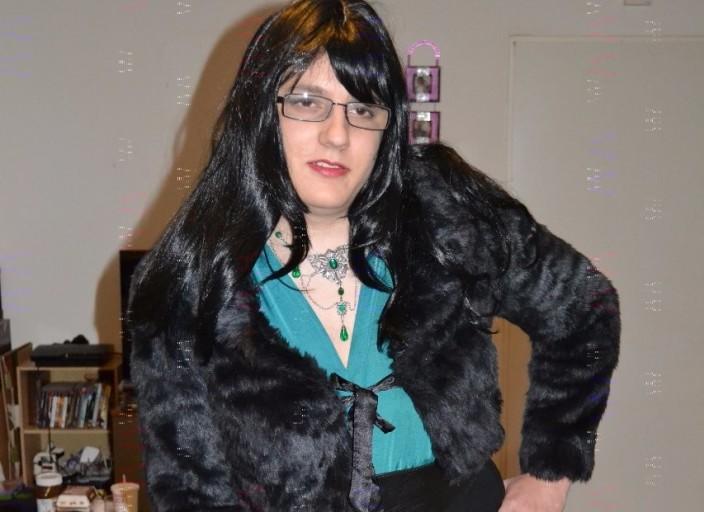 Travestie recherche copine