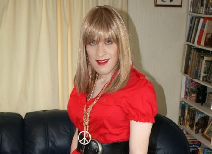 travestie débutante chercher aide et rencontres