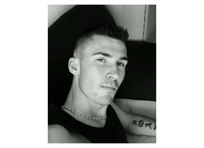 jeune homme de 26 ans