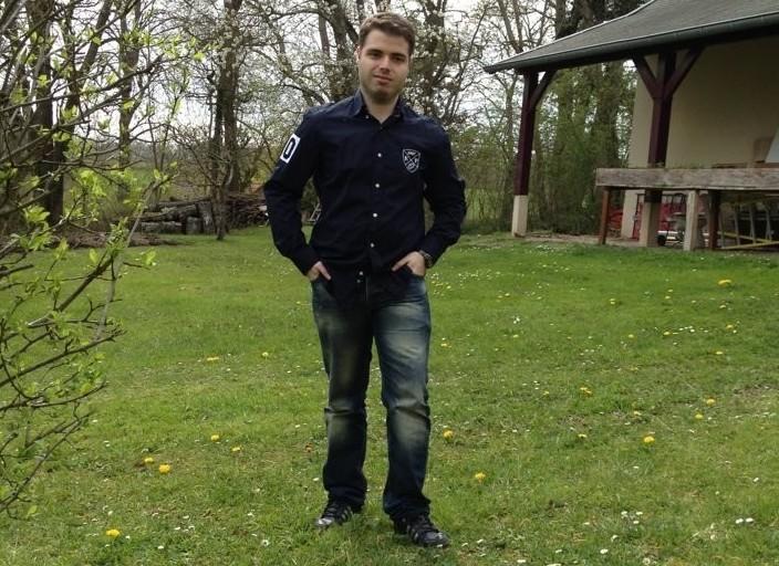 Jeune Homme de 22 ans cherche à faire des rencont.