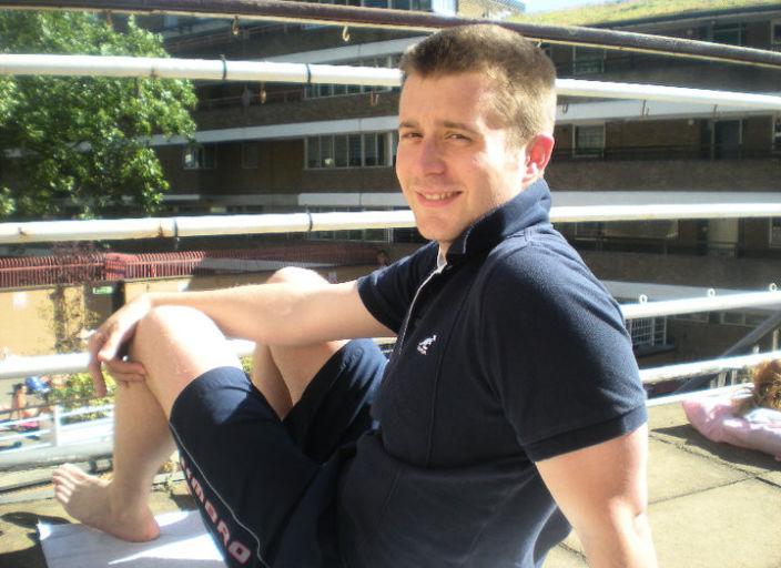 Jeune homme sportif 26 ans