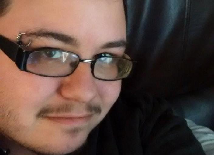 je suis trans ftm et je recherche des amis qui.