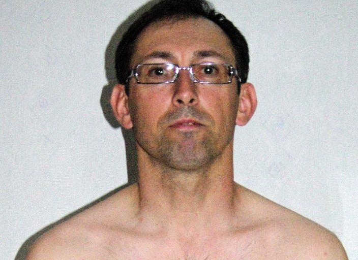 homme 50 ans cherche Jf pour calins et  tendresse