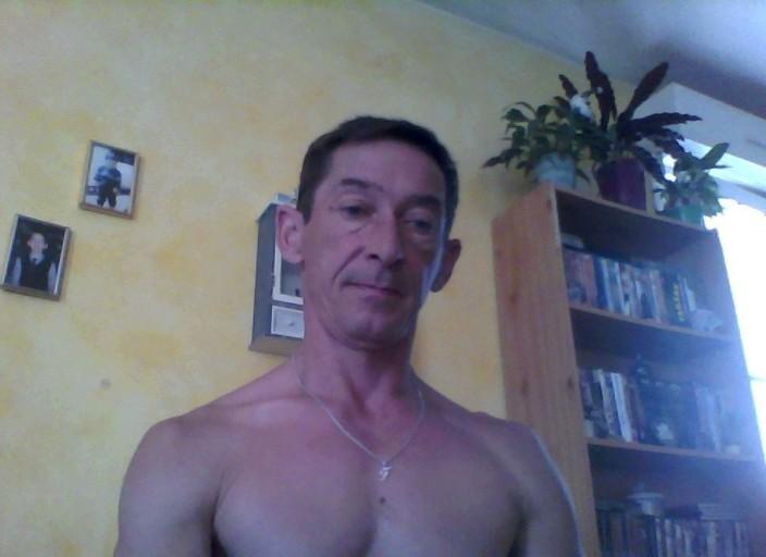 Voir cherche jeune homme mec gay webcam le profil de Riffiffi