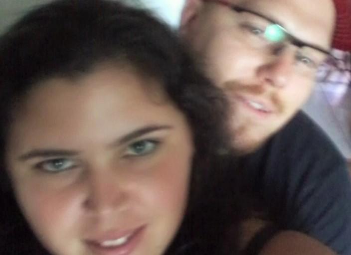 salut on est un couple qui cherche du sexe avec un.