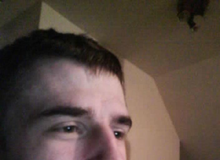 jeune homme de 21 ans recherche femme pour sexfrie.