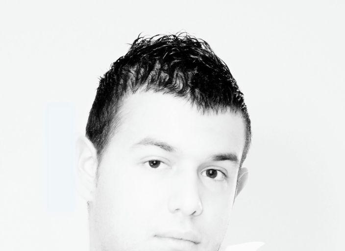 Jeune Homme 23 ans